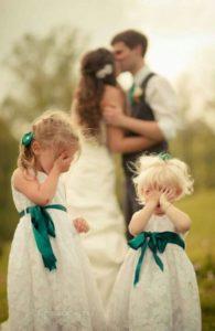 la-photographie-amusante-de-mariage