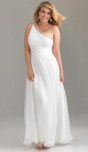 robe-blanche-legere-asymetrique-pour-mariage