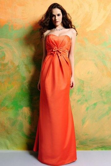 robe-orange-pour-demoiselle-dhonneur-longue-bustier-coeur-a-noeud-papillon