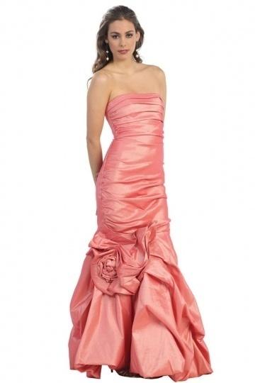 robe-soiree-rose-bustier-style-sirene-a-fleurs
