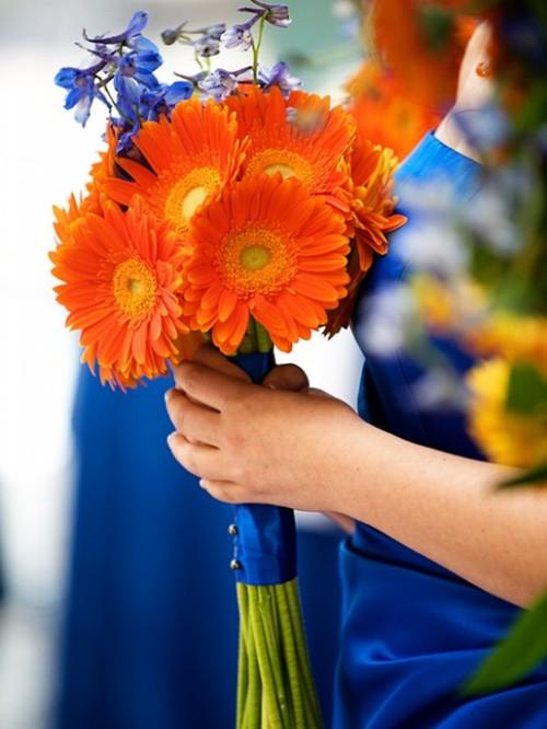 bouquet-de-marguerites-orange-pour-mariage