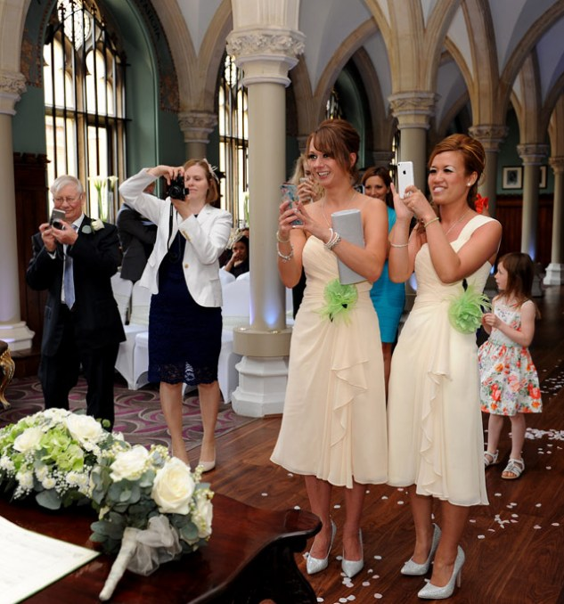 Robe blanche témoin de mariage