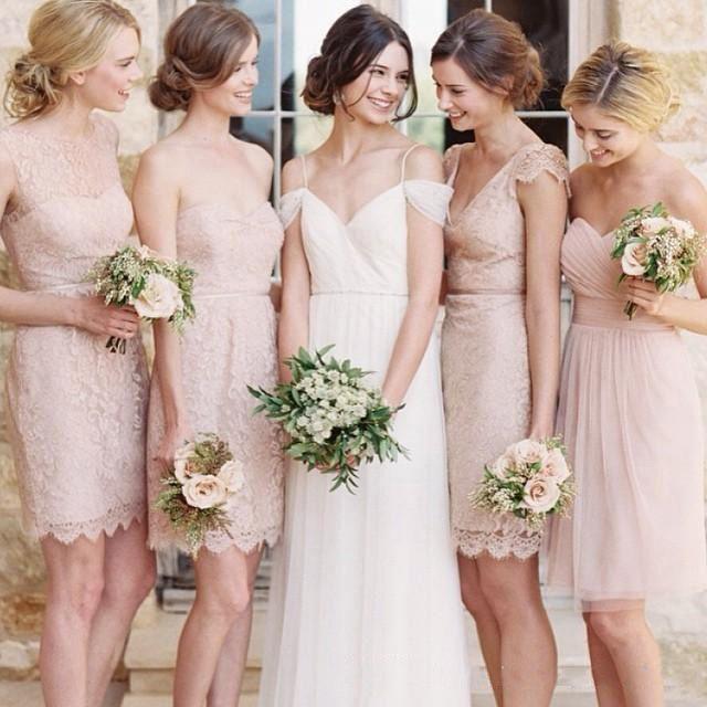 robe demoiselle d'honneur rose dentelle courte