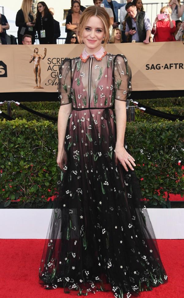 Claire Foy dans robe noire rose vintage 2017 SAG Awards