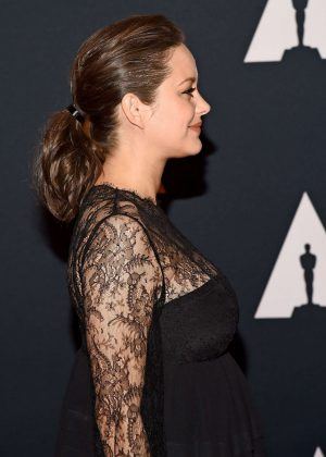 Coiffure-chic-Marion-Cotillard-2016-Governors-Awards