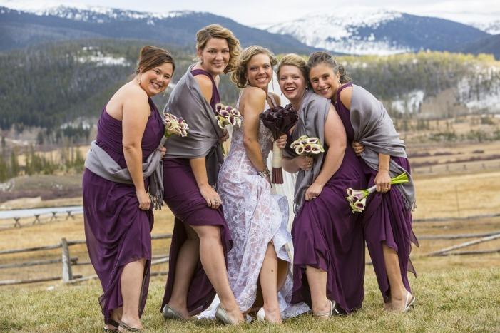 étoles pour tenue mariage en violet