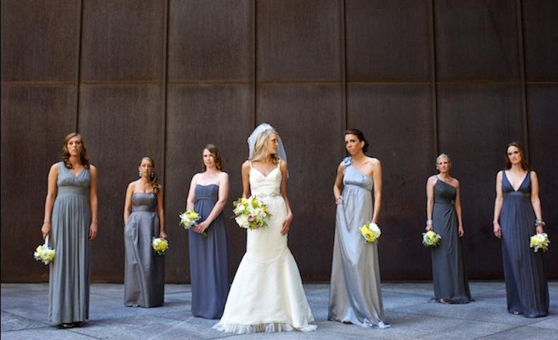 palette de robes grises pour filles d'honneur
