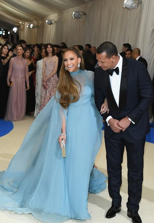 Jennifer Lopez & Alex Rodriguez Met Gala 2017