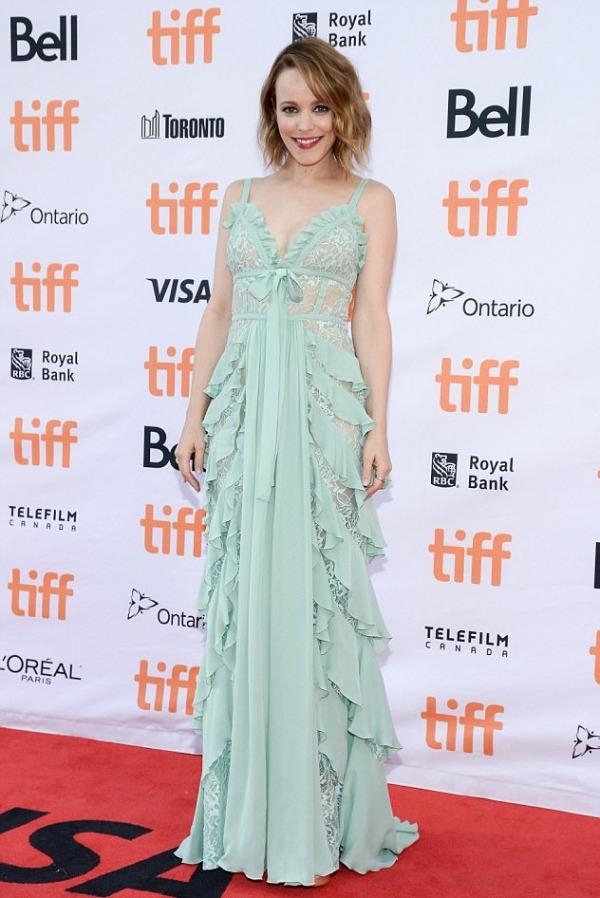 Rachel McAdams en vert menthe dentelle au TIFF
