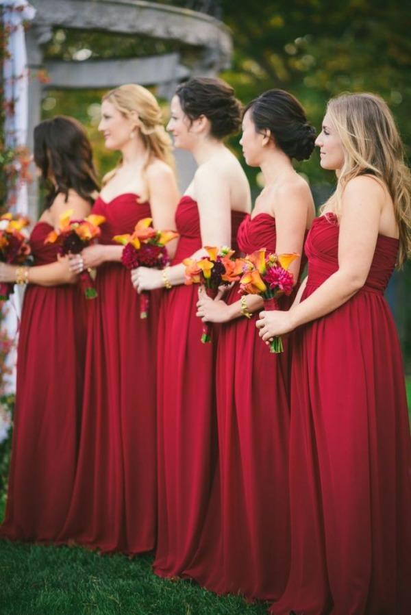 robes rouges bordeaux de demoiselle d'honneur automne
