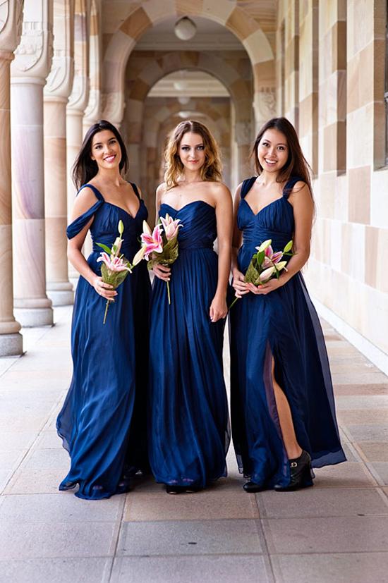 robes longue bleu minuit pour demoiselles d'honneur