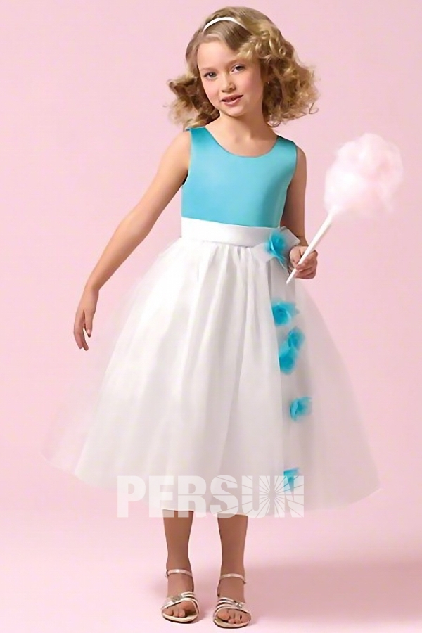 Robe cort ge mariage fille encolure ovale couleur bloc for Fleurs fille robes mariage