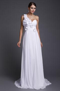 Robe de soirée longue grande taille blanche asymétrique avec fleurs bustier coeur