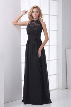 Robe de soirée noire longue à encolure ajouré dentelle ornée d un noeud papillon
