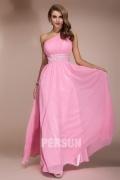 Robe rose col asymétrique taille ornée de bijoux mousseline