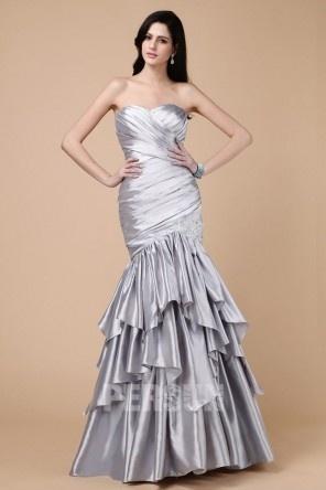 Sirène robe de soirée pour fiançailles bustier coeur à jupe volante